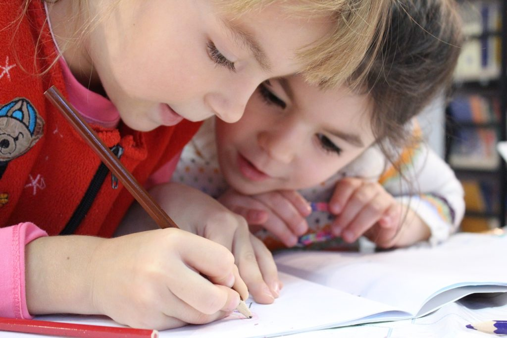 子供の英語力を伸ばすのには環境がとても大事