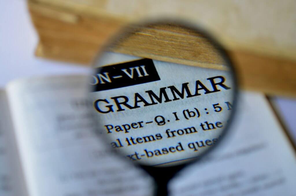 TOEIC初心者が必ず勉強に使ってる文法の参考書